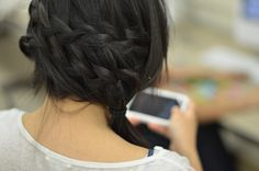 braids to the side ponytail