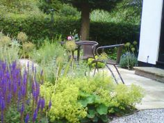 Finished Garden - the sunny breakfast terrrace
