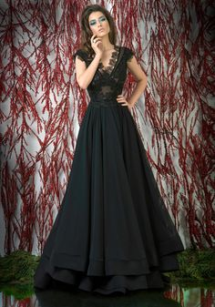 New Black Prom Dresses Long Lace Appliqued Formal Dress Evening Wear V Neck Tiered Skirts Party Gowns A Line Evening Dress, Evening Dresses, Black Prom Dresses, Formal Dresses, Backless Dresses, Formal Wear, Chiffon, Mode Shop, Tiered Skirts