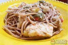 Receita de Espaguete integral com bacalhau - Comida e Receitas