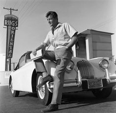 Remembering Sir Roger Moore This photo of him (and his Jaguar XK 150 was taken by Eric Skipsey. Vintage Hollywood, In Hollywood, Don Ameche, Down In New Orleans, Edward Green, Eddie Murphy, Roger Moore, Jaguar Xk, The Vamps