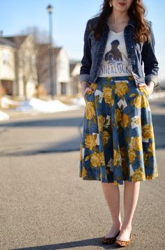 Bramblewood Fashion: What I Wore | Sherlock Tee + Floral Skirt
