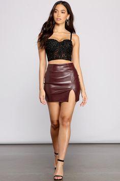 Tight Skirt Outfit, Mini Skirt Dress, Skirt Outfits, Chic Outfits, Mini Skirts, Fashion Outfits, Fashion Trends, Trendy Outfits, Tight Skirts