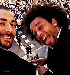29/05/16   Karim with Marcelo (ft Gareth) celebrating La Undecima on the balcony of the town hall [from Karim's Twitter and Instagram].
