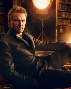 ♂ Man portrait face of Kevin McKidd by Annie Leibovitz