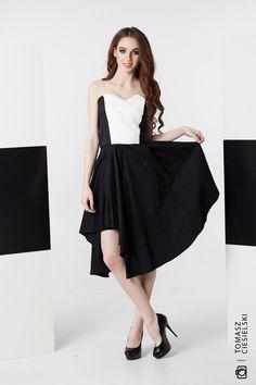 sukienka Gabriela Hezner  fot.Tomasz ciesielski  modelka Barbara Wawryń  SHOP ONLINE  https://www.polscyprojektanci.com/pl/171_gabriela-hezner?p=2