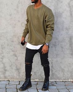 CrewNeck (Long shirt under) with Levi Jeans, Kicks Vans Cody Inspired. CrewNeck (Long shirt under) with Levi Jeans, Kicks Vans Fall Fashion Trends, Autumn Fashion, Fashion Ideas, Fashion Inspiration, Casual Fall, Men Casual, Mode Swag, Fashion Business, Herren Style
