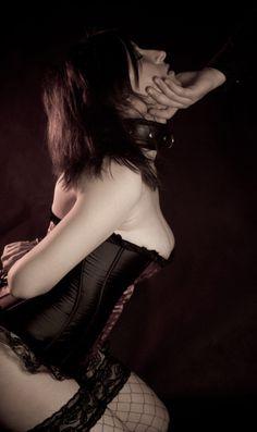 meet submissive women