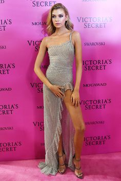 All the Looks from the Victoria's Secret Fashion Show After-Party 2017   InStyle.com Romee Strijd in raisa and vanessa