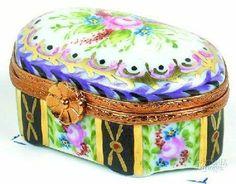 Beautiful Limoges box