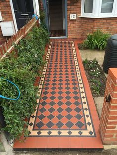 Gallery of photos of work by Victorian Floor Tiles, showing geometric tiling in period Victorian and Edwardian properties in Berkshire, UK Victorian Front Garden, Victorian Terrace House, Victorian Tiles, Outside Flooring, Balcony Flooring, Hallway Flooring, Garden Tiles, Patio Tiles, Balcony Tiles
