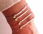 Pequeña perla en seda - piedra preciosa pulsera - curación cristal intención: 'Pureza'