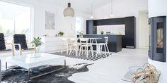 avokeittiö malleja - Google-haku Divider, Dining Table, Kitchen, Haku, Room, Furniture, Home Decor, Google, Baking Center
