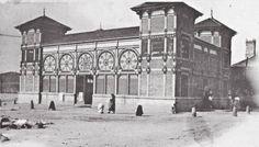 Lavadoiro Público do Orzán...circa 1890...atopábase na actual Rúa do Socorro, perto do vello parque de bombeiros e o antigo Hospital do Socorro