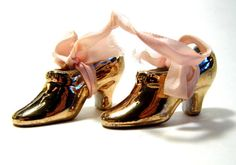 Knick Knacks Miniature Shoes Porcelain by AllVintageKnickKnack