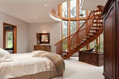 gorg stairwell to master bedroom?