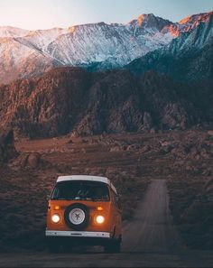 Living-In-Van-Life-Travel-Photography Living-In-Van-Life-Travel-Photography Francoia Coetzer francoiacoetzer vw By committing to the van movement people are making major life decisions Quitting jobs Cancelling nbsp hellip life hippie road trips