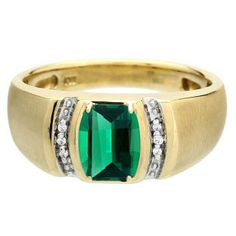 Men's Barrel-Cut Emerald Stone Diamond Custom Finger Yellow Gold Ring Available Exclusively at Gemologica.com Valentine's Day 2015 Jewelry Gift Ideas for Him, Her and Kids. Gemologica has the perfect homemade and creative gifts for your boyfriend, girlfriend and for couples including rings, earrings, bracelets, necklaces and pendants. Shop now for special savings at www.gemologica.com/ Gift Guide Located at https://www.gemologica.com/jewelry-gift-guide-c-82.html