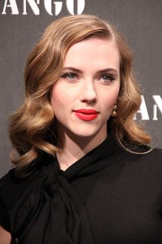 Google Image Result for http://cdn.blogs.sheknows.com/celebsalon.sheknows.com//2009/11/scarlett-johansson-classic-holywood-hairstyle-682x1024.jpg