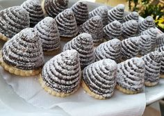 Piramis desszert No Bake Desserts, Delicious Desserts, I Want To Eat, Recipies, Muffin, Food And Drink, Xmas, Sweets, Cookies