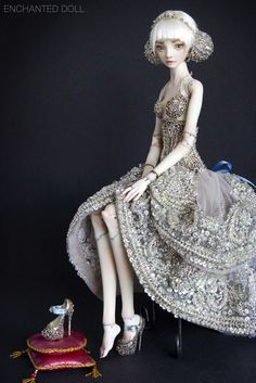 Beautiful porcelain dolls by Marina Bychkova. // more at enchanteddoll.com