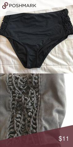 Pacsun high waisted bikini bottoms PAC sun high waisted bikini bottoms used worn twice PacSun Swim Bikinis