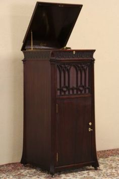 Value Of Old Victrolas Antique Victrola Cabinet Wood