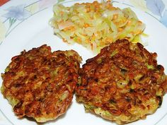 Zucchini-Grünkern-Bratlinge, ein tolles Rezept aus der Kategorie Gemüse. Bewertungen: 21. Durchschnitt: Ø 4,4.