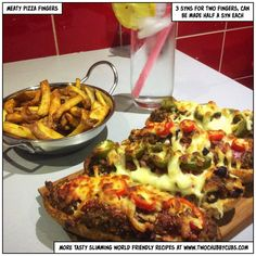 These meaty pizza fingers are tasty, perfect for Slimming World and easy to make with a bit of mince. You'll love them! Remember, at www.twochubbycubs.com we post a new Slimming World recipe nearly every day. Our aim is good food, low in syns and served with enough laughs to make this dieting business worthwhile. Please share our recipes far and wide! We've also got a facebook group at www.facebook.com/twochubbycubs - enjoy!