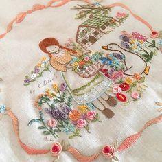 초록지붕의 소녀 벚꽃 흩날리는 따뜻함의 봄날과 잘어울리는 동화같은 자수  @k.blue74 #프랑스자수 #자수 #취미 #일상 #핸드메이드 #수놓기 #토끼 #케이블루의동화같은프랑스자수 #바느질 #오재 #needlework