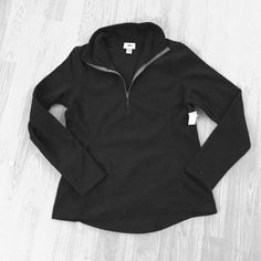 NWT Old Navy fitted 3/4 zip fleece Cute lightweight fleece.  Take still attached Old Navy Tops Sweatshirts & Hoodies