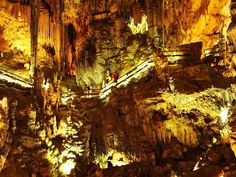 Close to Herradura there are caves which you must have seen...