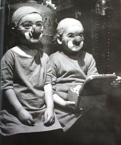 Kiddie clown doctors