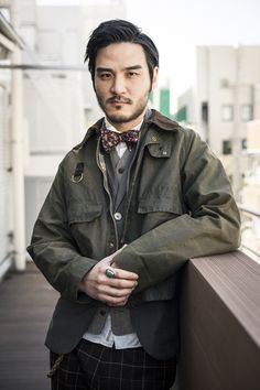 Barbour Barbour Jacket Outfit, Barbour Mens, Dapper Men, Men's Outerwear, Fall Jackets, Bowties, Asian Style, Men Looks, Jacket Style
