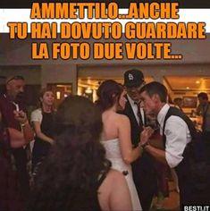 Ammettilo | BESTI.it - immagini divertenti, foto, barzellette, video Hmm Meme, Italian Memes, Funny Cute, Funny Photos, Vignettes, Haha, Hilarious Pictures, Funny, Culture