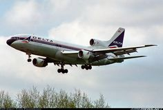 Lockheed L-1011-385-3 TriStar 500 aircraft picture