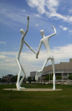 Weekly Photo Challenge: SCALE - Henry Moore Sculpture - The Dancers in Denver, Co | Mirth And Motivation