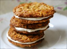 amish oatmeal cream whoopie pies | ChinDeep | Bloglovin'