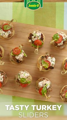 Expect guests to be sliding seconds onto their plates when you serve these sliders topped with cream cheese and crumbled feta at your next party. Dairy Free Recipes, Low Carb Recipes, Healthy Recipes, Turkey Burger Recipes, Sandwich Recipes, Turkey Patties, Turkey Sliders, Summer Diet, High Protein Low Carb