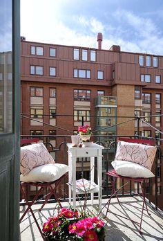 Cute balcony idea