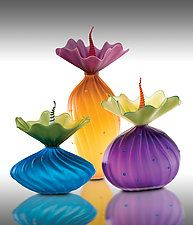 """Colorful BOBtanicals by Bob Kliss and Laurie Kliss (Art Glass Sculpture) (13.5"""" x 7.5"""")"""