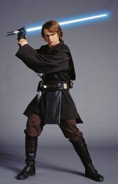Anakin- so hot I can see why Padme fell in live with him! :)