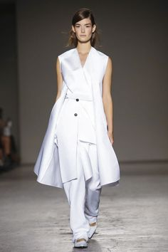 Gabriele Colangelo Ready To Wear Spring Summer 2015 Milan- Whitest dresses I've ever seen they almost glowed