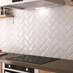 Kitchen tile / wall / ceramic / polished METRO BÄRWOLF – # Bärwolf tile rnrnSource by adidavis Kitchen Wall Colors, Kitchen Wall Tiles, Kitchen Themes, Kitchen Decor, Kitchen Design, Off White Kitchen Cabinets, Off White Kitchens, Metro White, Plafond Design