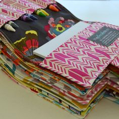 Crayon Wallets . Birthday Party Favors . Set of 10 . Crayons Included . Art Party