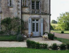 parisianclass:  elorablue:    Chateau de la Flocelliere - The New York Times    ♢