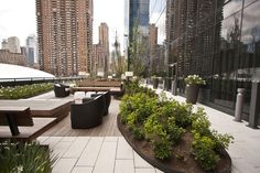 From swimming pools to rooftop beaches to tennis courts, many buildings go all out to give residents park-like amenities. For Outdoors Week 2014, we rounded up 15 buildings with the...