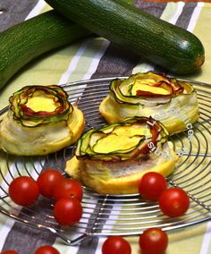 légumes, appareil à quiche, tomates cerises, jambon cru