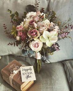 Dusty Rose Wedding, Spring Wedding Flowers, Bridal Flowers, Flower Bouquet Wedding, Love Flowers, Purple Wedding, Floral Wedding, Dream Wedding, Wedding Flower Arrangements