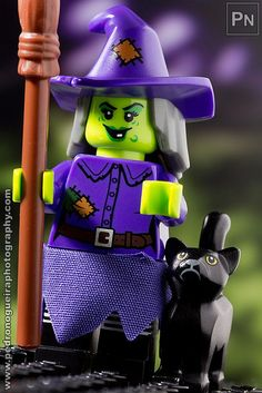 """Series 14 - Wacky Witch"" Minifigures Series 14 My LEGO. Pedro Nogueira Photography"